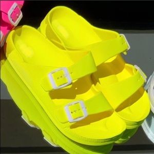 💙Vacation/Party/Cruise NEON Yellow Sandals